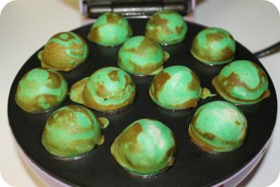 St Patrick's Day Swirled Cupcake Pops