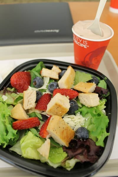 wendys berry almond chicken salad