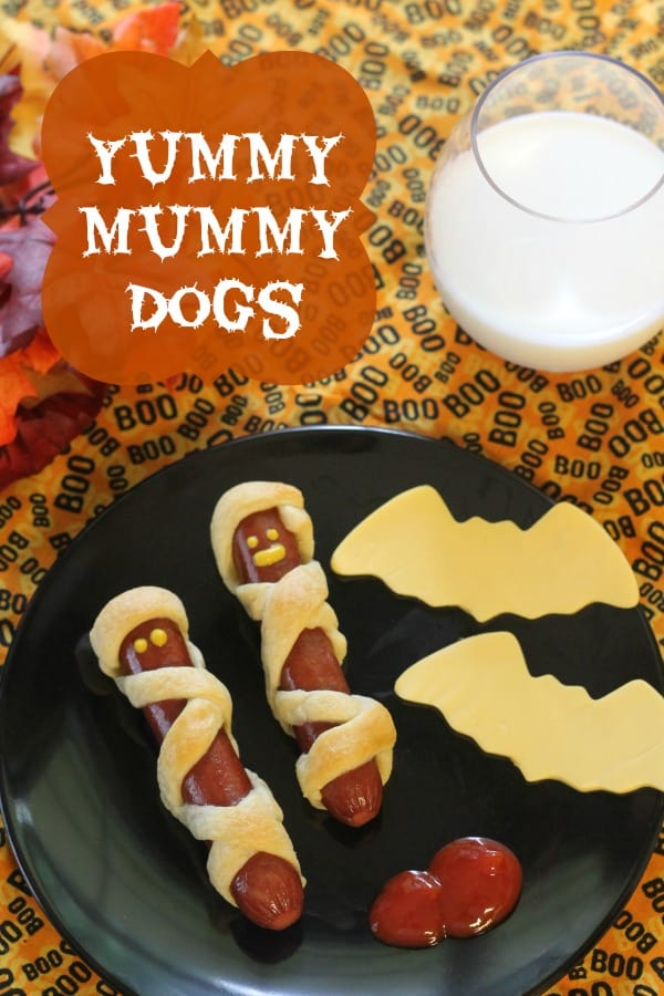 Halloween Hot Dogs - Yummy Mummy