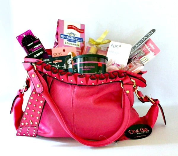 My Favorite Things Holiday Giveaway – Pink Purse-sentials