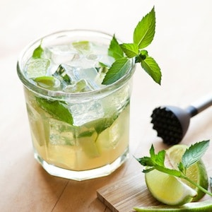 St Patrick's Day Cocktail – Bare Mojito