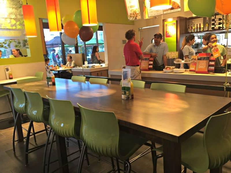 zoes kitchen in pensacola florida