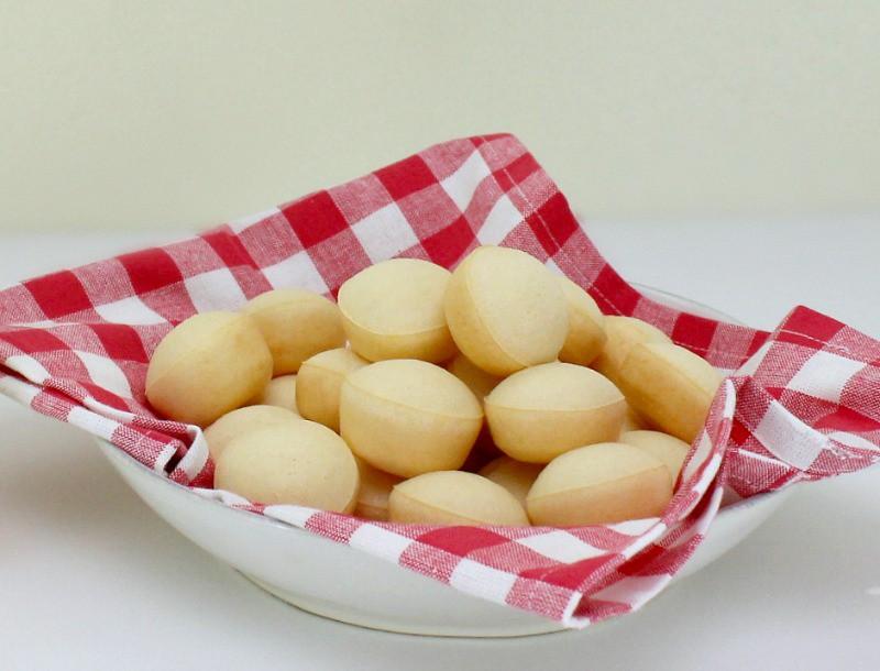 Cheezinos Brazilian Cheese Rolls at Home