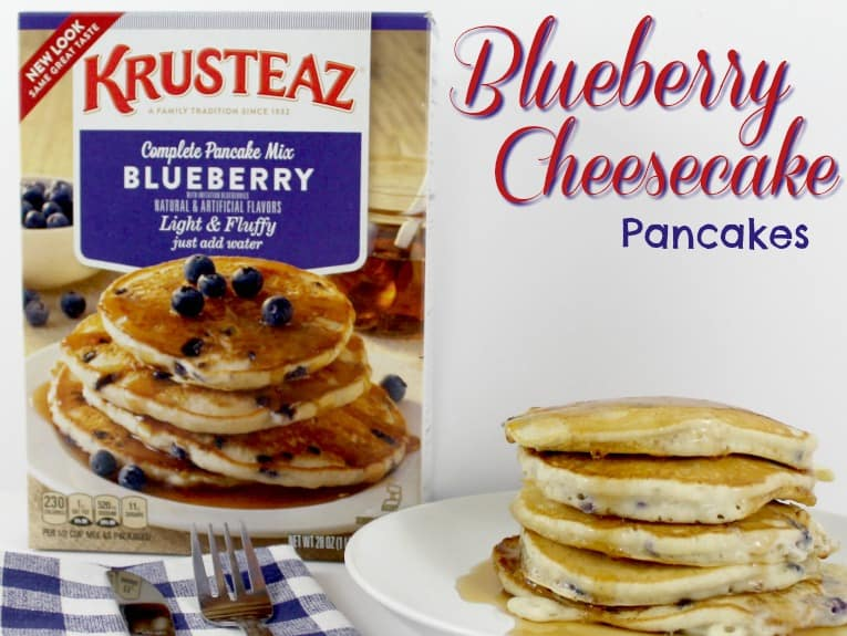 Blueberry Cheesecake Pancakes | MoscatoMom.com
