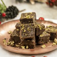 Paleo Chocolate Pistachio Fudge