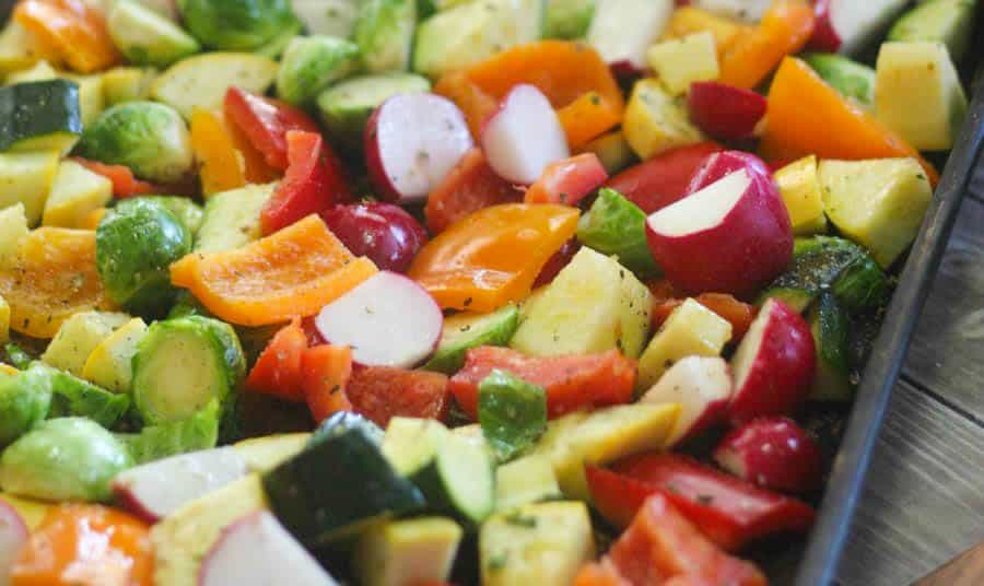 close up low carb vegetables