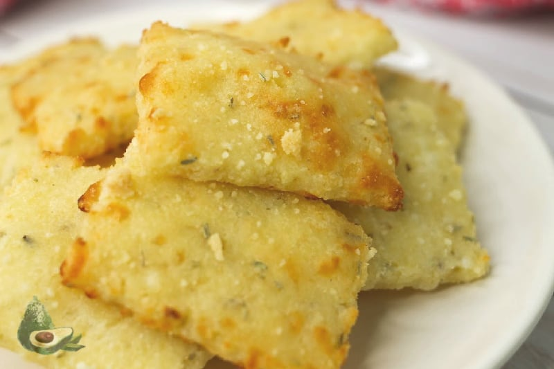 low carb parmesan rosemary crackers